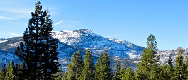 sierra snowpack donner pass dec 2017 - 1